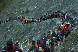 Communal harmony Shown at Baltal, Kashmiri Muslims walk hand-in-hand with Hindu pilgrims, offer service and help to Yatris………